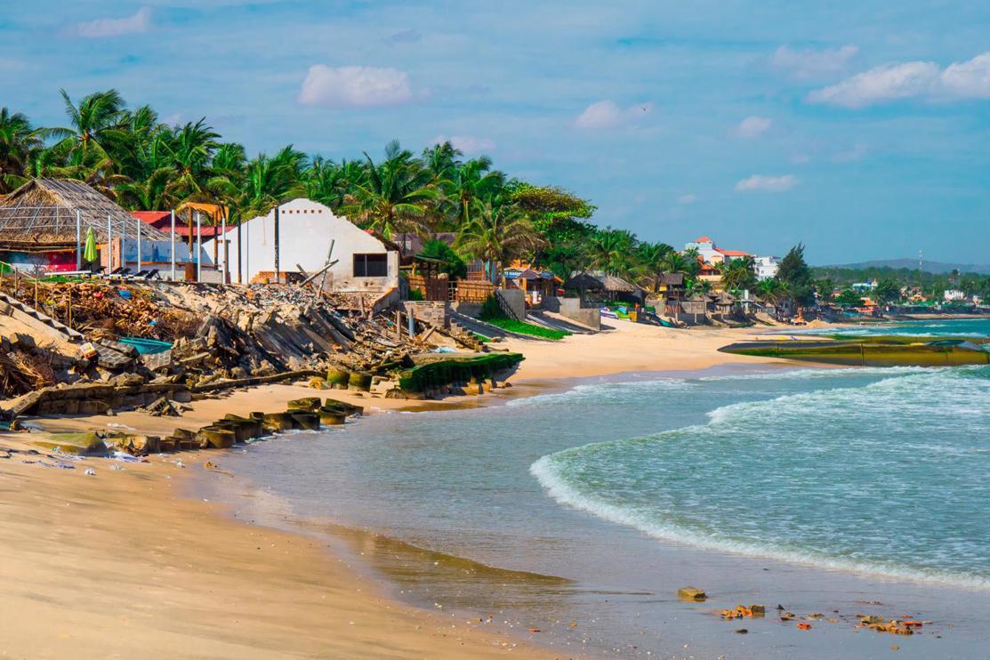 Is it worth visiting Mui Ne? Beach erosion Mui Ne