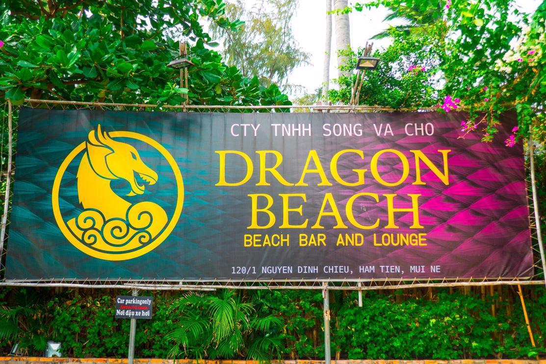 Is it worth visiting Mui Ne Vietnam? Things to do in Mui Ne at night - Dragon Beach Bar