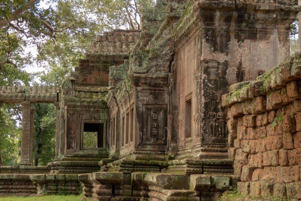 Temples of Siem Reap - Temple behind Angkor Wat