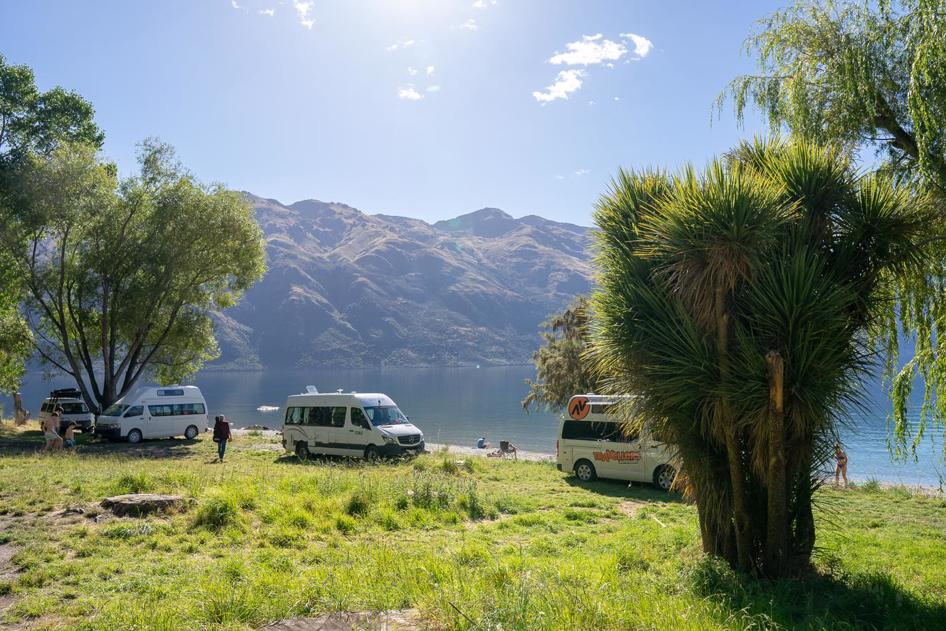 Freedom camping in New Zealand - Kingston Lake near Queenstown, South Island New Zealand