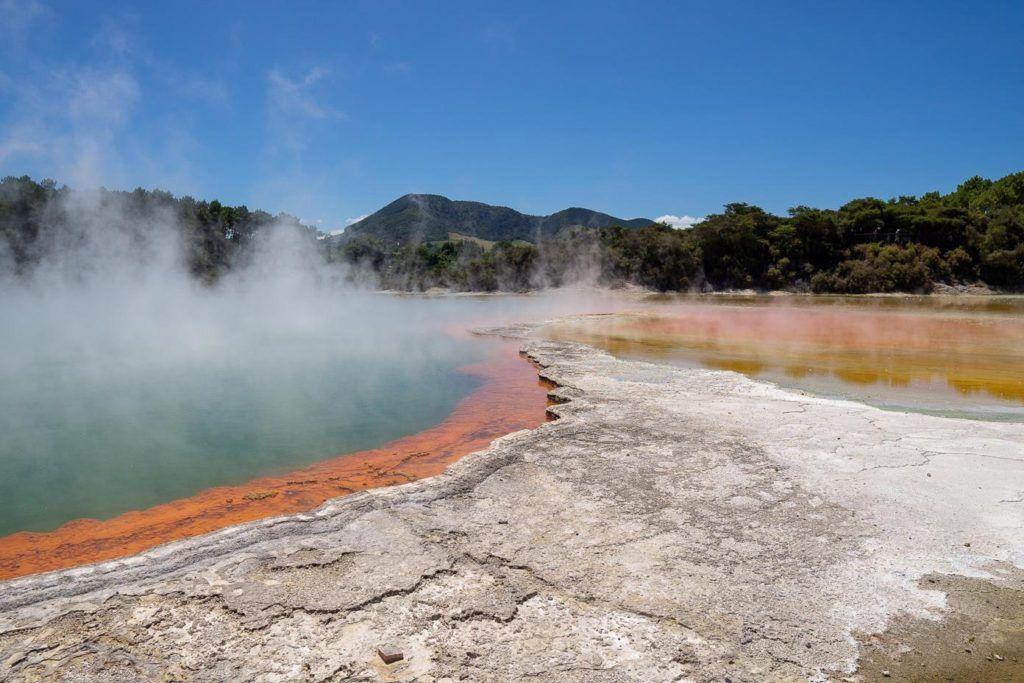Champagne pool Waimangu Volcanic Valley
